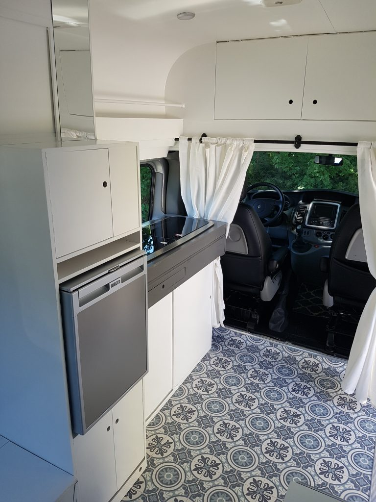 Kitchen in your campervan - DIY campervan conversion - Renault Trafic Campervan Conversion