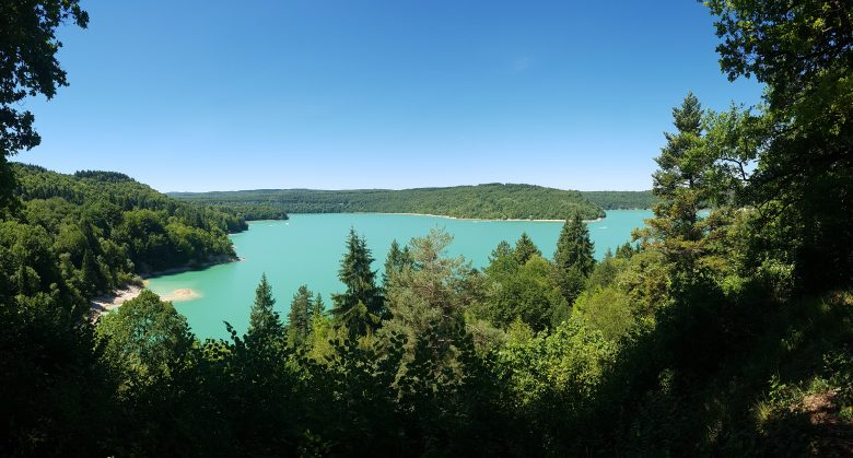 Roadtrip through the Jura - Lac de Vouglans