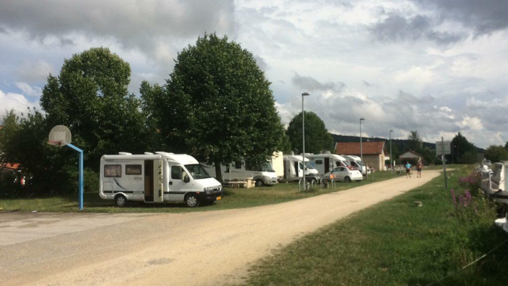 Aire De Camping - Dieue Sur Meuse