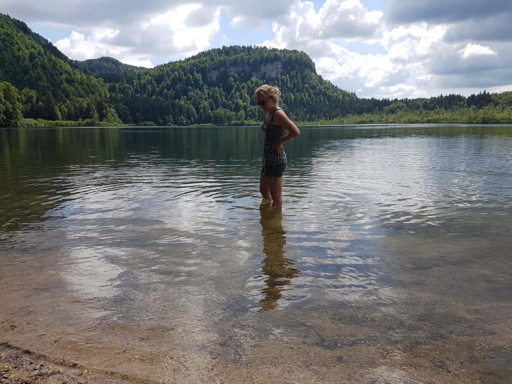 Lac de Bonlieu, close to Camping de L'Abbeye