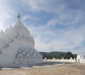3 Weeks in Myanmar - Hsinbyume Paya