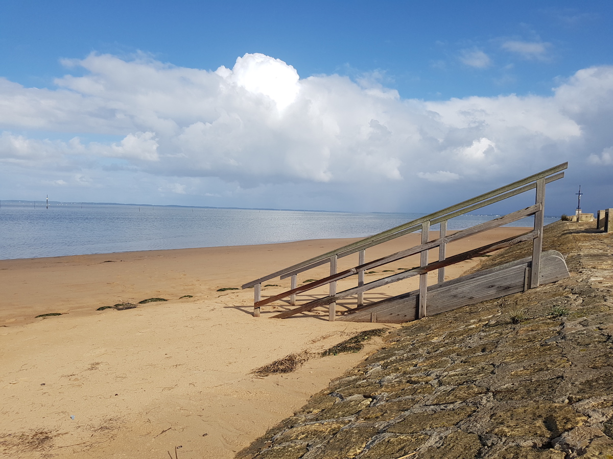 A Great Day Trip From Bordeaux: Amazing Arcachon Oysters and the Dune du Pilat