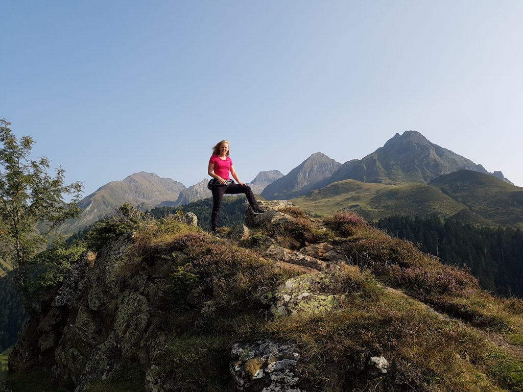 hiking in the pyrenees loudenvielle vallee du lourdon
