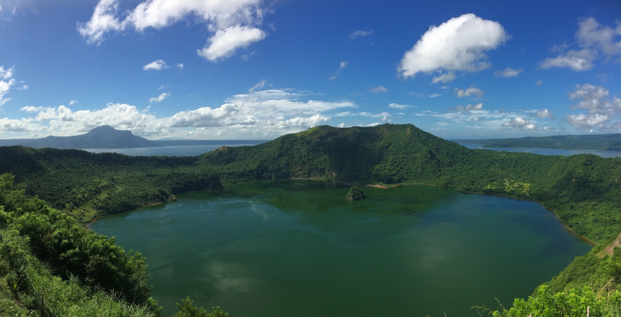 Tagaytay Things To Do – A Volcanic Nature Getaway From Manila, the Philippines